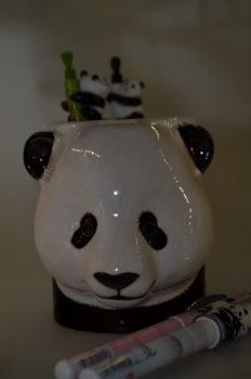 Panda-Stift-Becher